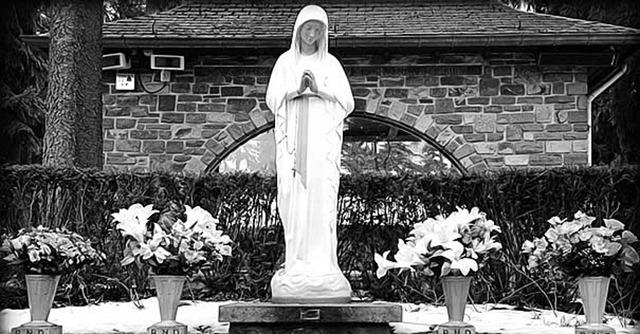 virgen-de-los-pobres-nuestra-senora-banneux-oracion-sufrimiento