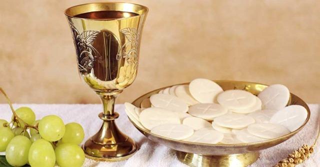 eucaristia-comunion-pan-vino-sagrado-santa-misa